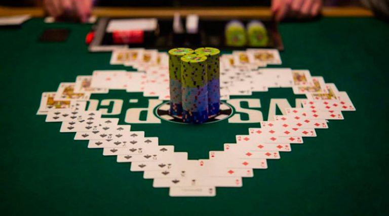 Стад покер: правила и комбинации для начинающих